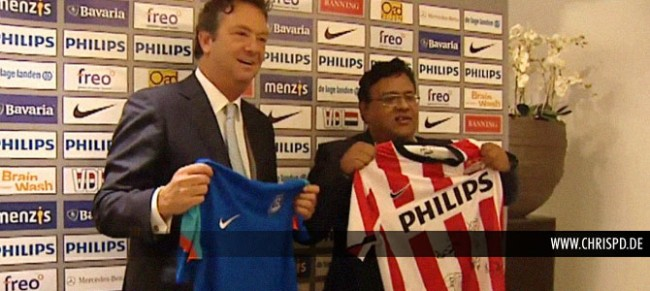 Tiny Sanders (CEO, PSV Eindhoven) and Kushal Das (General Secretary, AIFF)
