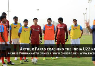 Arthur Papas coaching the India U22 national team