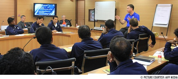 """Raymond Verheijen at the """"Conditioning Conference for Football Coaches"""" in India"""
