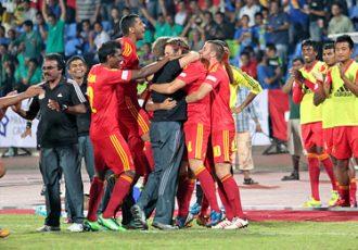 Pune FC celebrating
