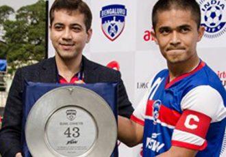 Bengaluru FC felicitate Sunil Chhetr for his 43th India goal