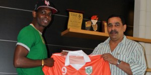 Sporting Clube de Goa sign T&T international Anthony Wolfe