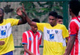 Josimar celebrates his goal for Mumbai FC