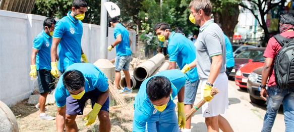 Bengaluru FC and fans team up for a cleaner India