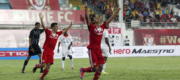 Thongkhosiem Haokip celebrates his goal for Pune FC