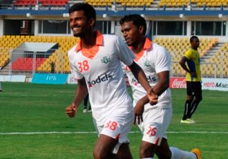Alber Gonsalves celebrating his goal for Sporting Clube de Goa