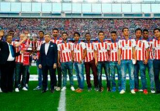 Atlético de Kolkata's trophy parade at the Vicente Calderón Stadium