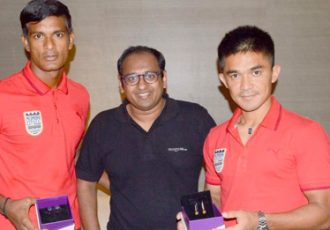 Mumbai City FC goes bejeweled by VelvetCase.com: Subrata Paul and Sunil Chhetri