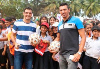FC Goa visits Sharada Mandir School in Miramar