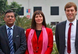 Kushal Das (General Secretary, AIFF), Natalia Riffo (Minister of Sports, Government of Chile), Javie Ceppi (Tournament Director, FIFA U-17 World Cup India 2017)