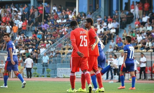 Aizawl FC's Joel Sunday against Bengaluru FC.