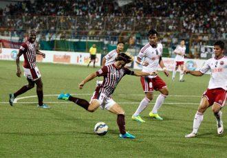 Match action from the Mohun Bagan AC v Shillong Lajong FC encounter.