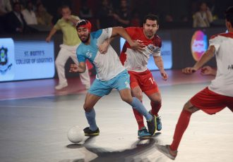 Mumbai 5's outclass Kolkata in Premier Futsal to seal the final berth
