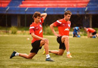 Bengaluru FC's new Spanish signings Alvaro Rubio (left) and Juan Gonzalez (right).