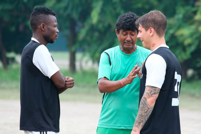 Mohammedan Sporting Club head coach Mridul Banerjee instructing his players