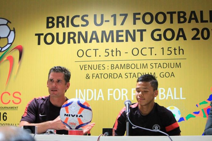 India U-16 coach Nicolai Adam and captain Suresh Singh. (Photo courtesy: AIFF Media))