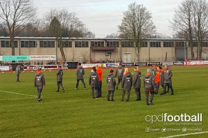 The FC Bayern Munich Women's team inspecting the pitch at the Stadion Schierloh in Ibbenbüren. (© CPD Football)