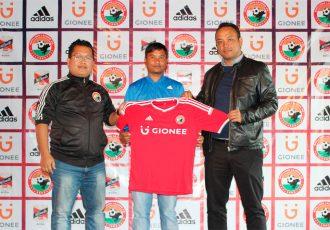 Shillong Lajong FC sign midfielder Rocus Lamare (Photo courtesy: Shillong Lajong FC)