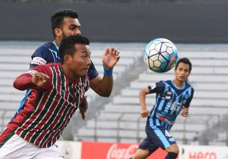 Mohun Bagan AC striker Jeje Lalpekhlua in action against Minerva Punjab FC. (Photo courtesy: I-League Media)