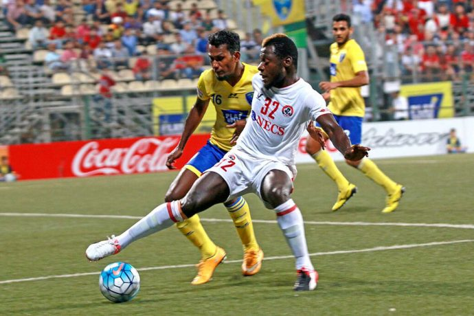 Match action during the I-League encounter Mumbai FC v Aizawl FC. (Photo courtesy: I-League Media)