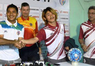 East Bengal's Mehtab Hossain, Robert Lalthlamuana and Trevor Morgan with Mohun Bagan's Katsumi Yusa Sanjoy Sen (Photo courtesy: I-League Media)