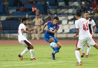 Daniel Lalhlimpuia takes a shy at goal during the game between Bengaluru FC and Mohun Bagan (Photo courtesy: Bengaluru FC)