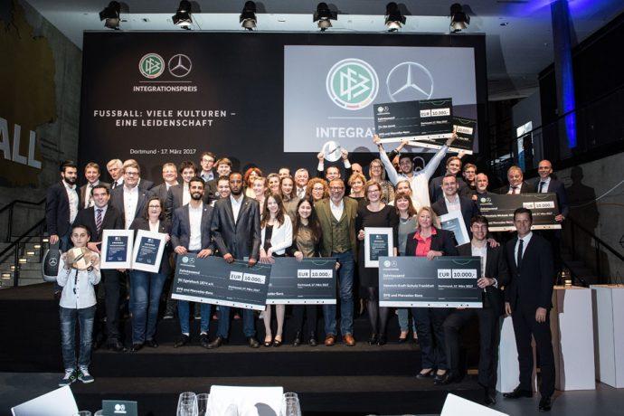DFB und Mercedes-Benz verleihen den 10. Integrationspreis im Deutschen Fußballmuseum in Dortmund (Photo courtesy: DFB / GES))
