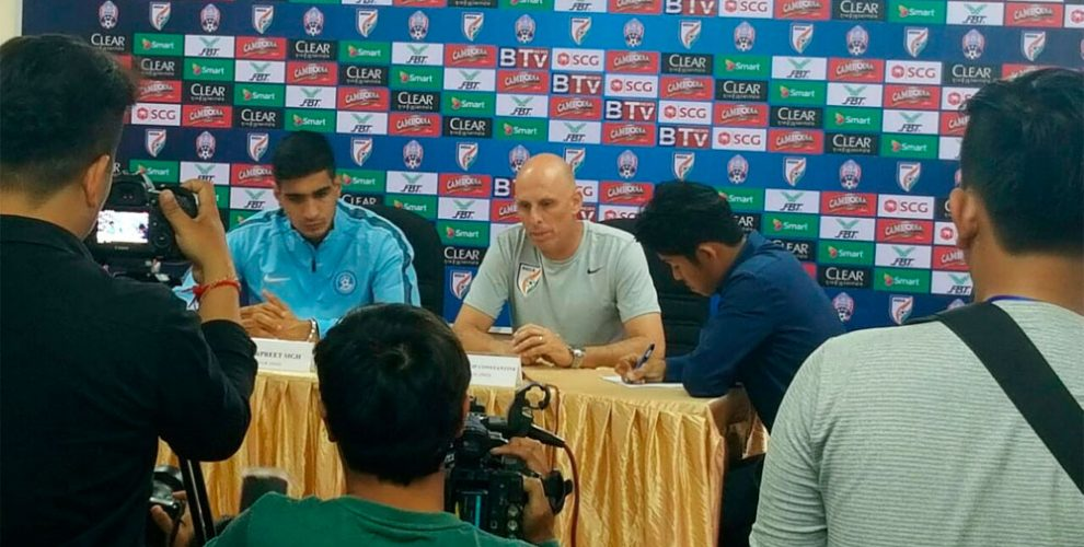 India goalkeeper Gurpreet Singh Sandhu and head coach Stephen Constantine at the pre-match press conference in Cambodia (Photo courtesy: AIFF Media)