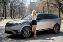 Ellie Goulding drives new Range Rover Velar in New York (Photo courtesy: TVC Group)