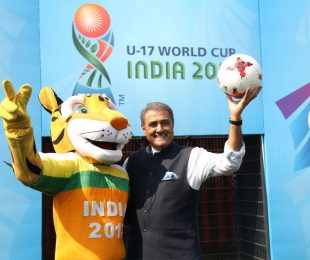 Kheleo, the Official Mascot of the 2017 FIFA U-17 World Cup India 2017, and Praful Patel, President, All India Football Federation (Photo courtesy: AIFF Media)