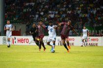Bengaluru FC's Alwyn George fights for the ball against Mohun Bagan AC at the Rabindra Sarobar Stadium, in Kolkata (Photo courtesy: Bengaluru FC)
