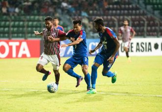 Bengaluru FC striker Seiminlen Doungel in action against Mohun Bagan AC (Photo courtesy: Bengaluru FC)