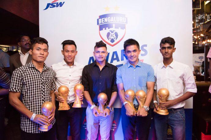 Awardees of the Bengaluru FC Awards Night (left to right): Lalrinzuala Lalbiaknia, Udanta Singh, Nishu Kumar, Sunil Chhetri and Nihal Iqbal (Photo courtesy: Bengaluru FC)