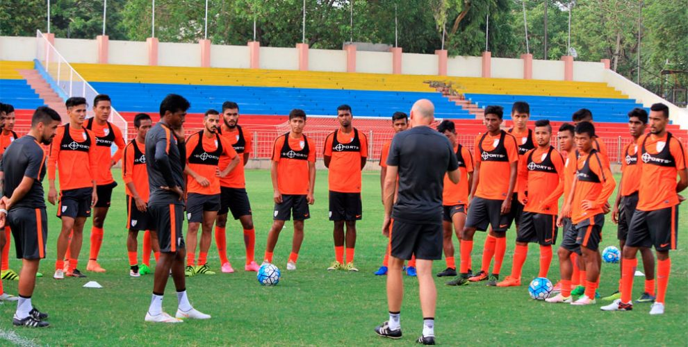 Head Coach Stephen Constantine and the India U-22 national team (Photo courtesy: AIFF Media)