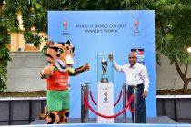 Sports Minister of Goa Manohar Azgaonkar with Kheleo, the official mascot for the FIFA U-17 World Cup India 2017 (Photo courtesy: FIFA U-17 World Cup India 2017 LOC)