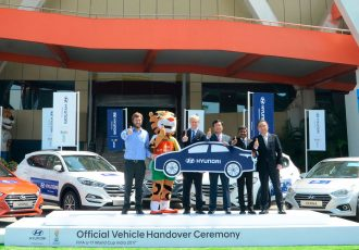 Javier Ceppi, Tournament Director - Local Organising Committee; Martin Nussbaumer, Marketing Operations Group Leader – FIFA; YK Koo-MD & CEO, Hyundai Motor India Ltd; Rakesh Srivastava– Director, Sales & Marketing - HMIL, S J Ha, Director – Sales & Marketing- HMIL at the Official Vehicle Handover Ceremony of Hyundai Premium Cars as official partner of FIFA U-17 World Cup India 2017 in New Delhi. (Photo courtesy: Hyundai Motor India Ltd.)
