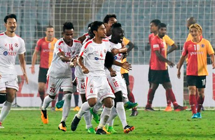 Aizawl FC hold East Bengal to a 2-2 draw in an I-League encounter at the Saltlake Stadium in Kolkata. (Photo courtesy: I-League Media)