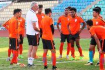 Luís Norton de Matos and with his India junior internationals (Photo courtesy: AIFF Media)