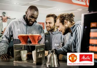 Romelu Lukaku, Juan Mata and Daley Blind prepare Melitta hand-filtered coffee. (Photo courtesy: Melitta)