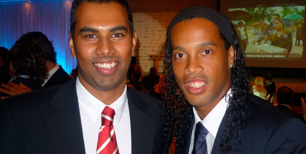 Chris Punnakkattu Daniel and Ronaldinho Gaúcho at the Golden Foot Award 2009 in Monte Carlo.