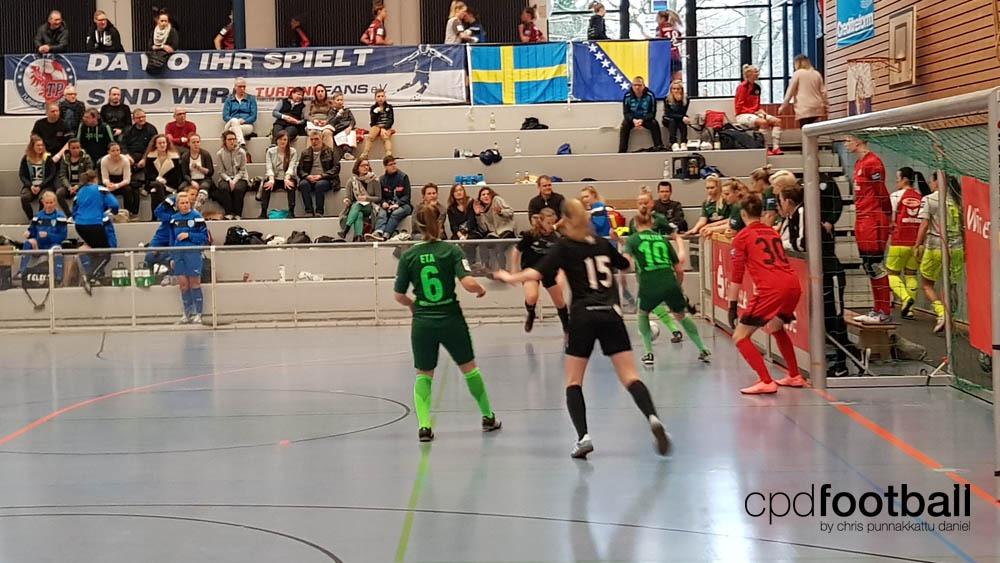 """Day 1: Fortuna Hjørring v SV Werder Bremen - """"Weltklasse 2018"""" - 38. Internationales Frauenfußball-Hallenturnier des TuS Jöllenbeck"""