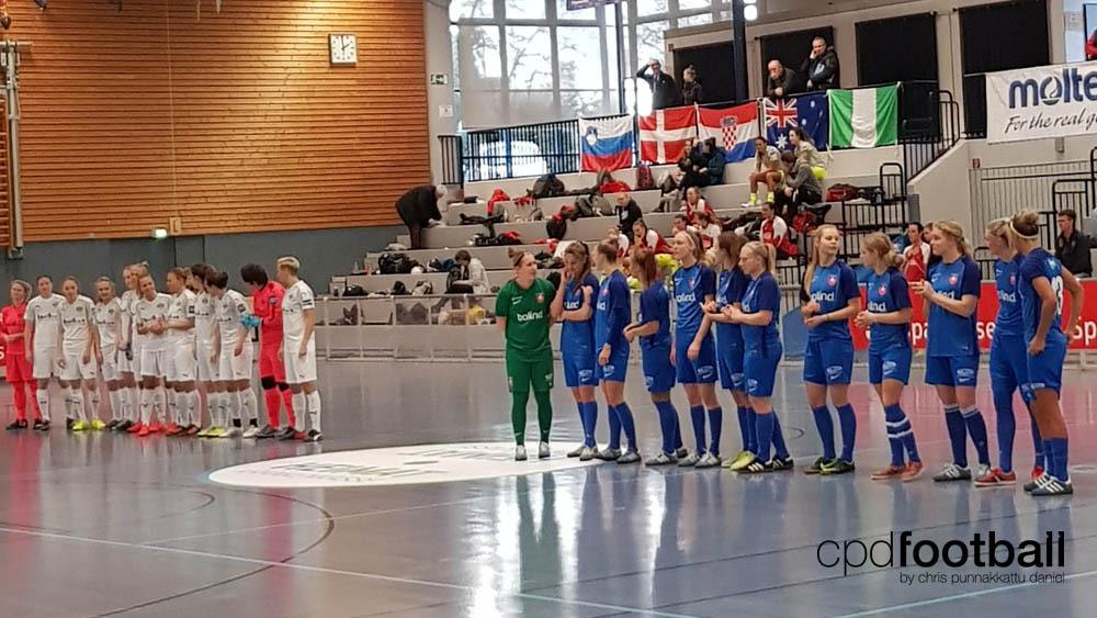 """Day 1: SGS Essen v KoldingQ - """"Weltklasse 2018"""" - 38. Internationales Frauenfußball-Hallenturnier des TuS Jöllenbeck"""