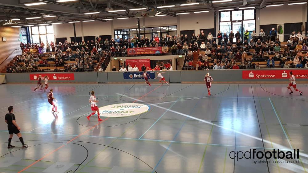 """Day 2: SGS Essen v Turbine Potsdam - """"Weltklasse 2018"""" - 38. Internationales Frauenfußball-Hallenturnier des TuS Jöllenbeck"""