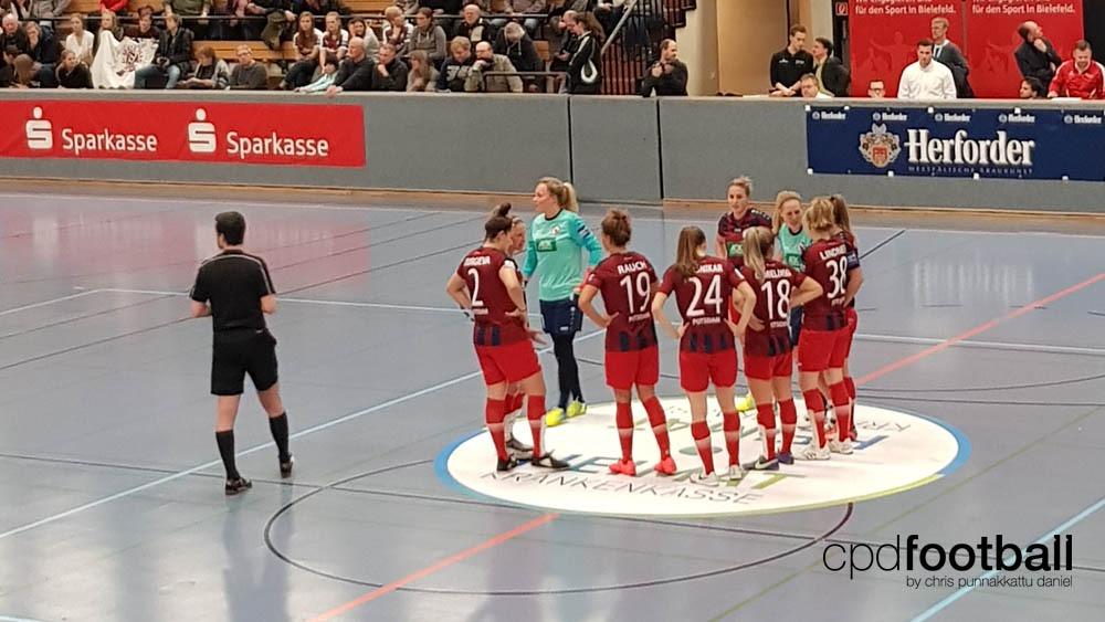 "Day 2: Turbine Potsdam players awaiting the penalty shoot-out at ""Weltklasse 2018"" - 38. Internationales Frauenfußball-Hallenturnier des TuS Jöllenbeck"