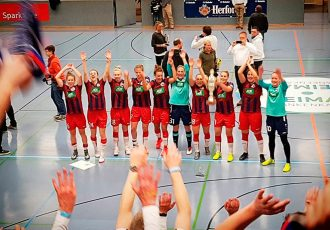"German Women's Bundesliga side 1. FFC Turbine Potsdam have won the the prestigious 38th ""Weltklasse"" International Women's Indoor Tournament 2018 (""Internationales Frauen-Hallenfußball-Turnier um den Pokal der Sparkasse Bielefeld"") in Bielefeld (Photo courtesy: CPD Football)"