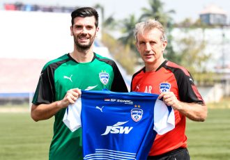 Bengaluru FC's new signing Daniel Lucas Segovia and head coach Albert Roca (Photo courtesy: Bengaluru FC)