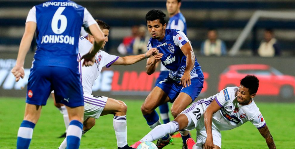 Bengaluru FC's Rahul Bheke in action against FC Pune City in the Indian Super League. (Photo courtesy: Bengaluru FC)