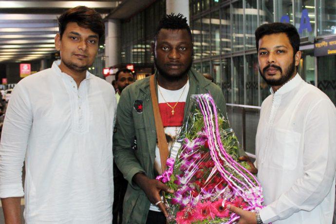 Bayi Kamo Stephane arrive in Kolkata to join Mohammedan Sporting (Photo courtesy: Mohammedan Sporting Club)