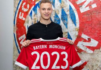 Joshua Kimmich extends his contract with FC Bayern until 2023 (Photo courtesy: FC Bayern München)