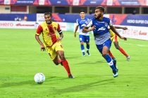 Bengaluru FC defender Subhasish Bose in action against Gokulam Kerala FC in the Hero Super Cup pre-quarterfinal at the Kalinga Stadium, in Bhubaneswar, on April 1, 2018. (Photo courtesy: Bengaluru FC)